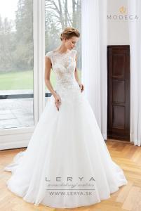 Aubrey-modeca-saty-svadba-lerya-zilina-nevesta